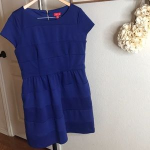 Elle Size 14 Blue Knit dress